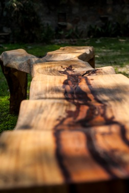 Y bench detail